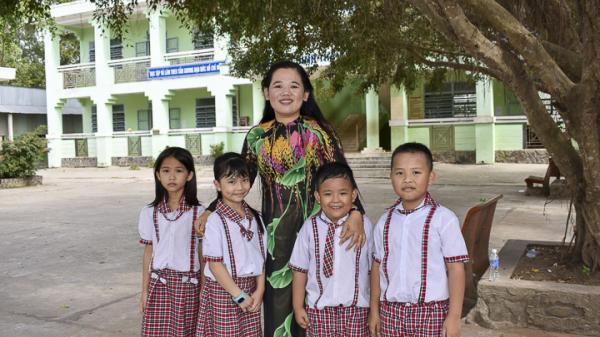 """Cô giáo trẻ Sóc Trăng hết lòng vì sự nghiệp """"trồng người"""" được từ học sinh, đồng nghiệp tới phụ huynh quý mến"""