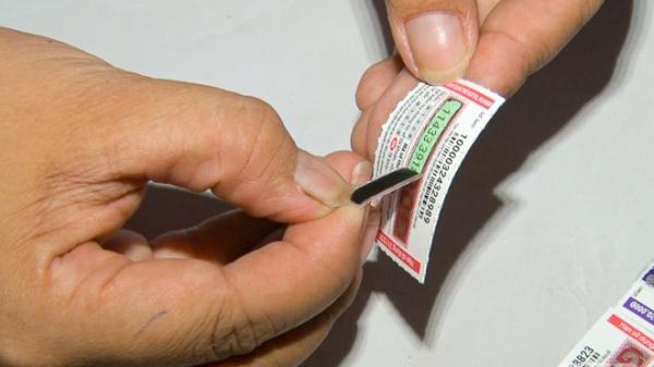 Sóc Trăng: Giả nhân viên Viettel, lừa đảo bán thẻ cào điện thoại giả