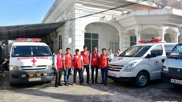 Sóc Trăng: Công nhận thêm 2 xe chuyển bệnh từ thiện