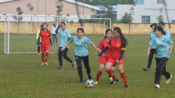 """Sôi nổi """"Giải bóng đá nữ Công an Sóc Trăng"""" lần thứ 2"""