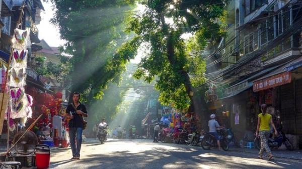 Dự báo thời tiết 6/9: Hà Nội nóng 36 độ trước khi mưa lạnh