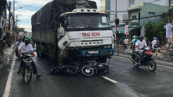 Tiết lộ lý do SỐC vụ xe tải chở hàng hóa đến huyện Phú Quốc (Kiên Giang) để giao hàng đâm liên hoàn 8 xe máy