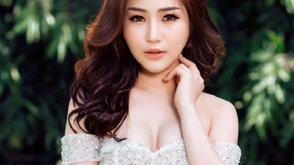 HOT: Hương Tràm trổ tài hát live Dân ca Nghệ Tĩnh cực hay