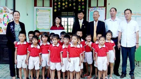 Đồng chí Trương Vĩnh Trọng, nguyên Ủy viên Bộ Chính trị, nguyên Phó Thủ tướng Chính phủ thăm Nông trường cao su Mường La