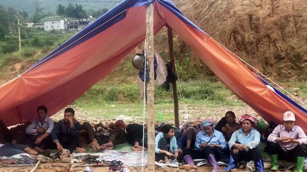 Bản Hồ (Lào Cai): Người dân trả lại tiền hỗ trợ, yêu cầu Công ty Cổ phần Công nghiệp Việt Long nhận trách nhiệm