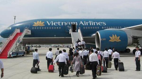 Các hãng hàng không bắt đầu bán vé dịp Tết 2018
