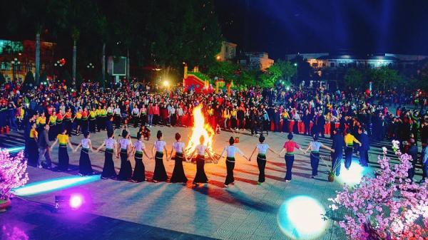 Sẽ trình diễn 6 điệu xòe cổ trong Ngày hội Văn hóa dân tộc Thái tại Điện Biên