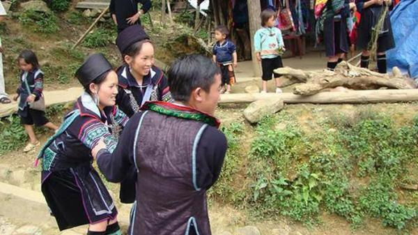 Những phong tục cưới hỏi có 'một không hai' ở Việt Nam