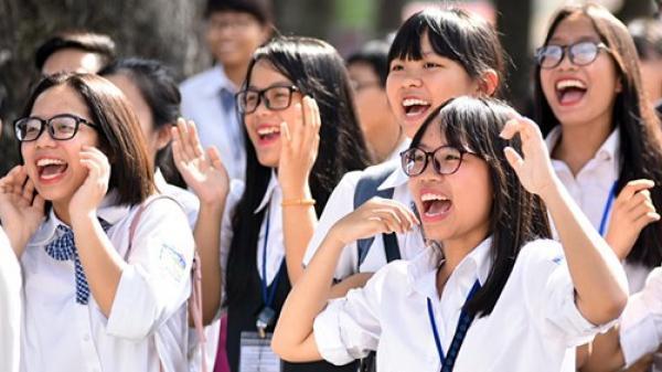 Kiến nghị Chính phủ cho toàn bộ HS-SV nghỉ hết tháng 03, tháng 07 mới thi THPT Quốc gia