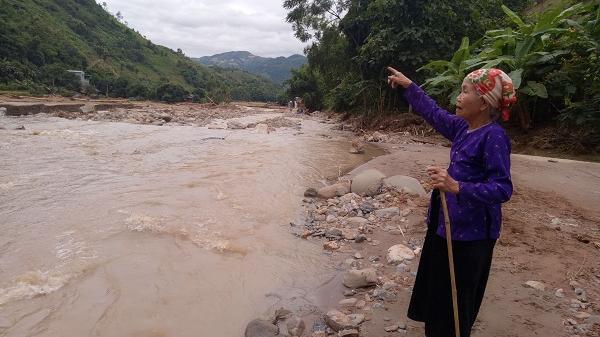 Người mẹ 83 tuổi cứu cả làng thoát chết trong mưa lũ ở Sơn La