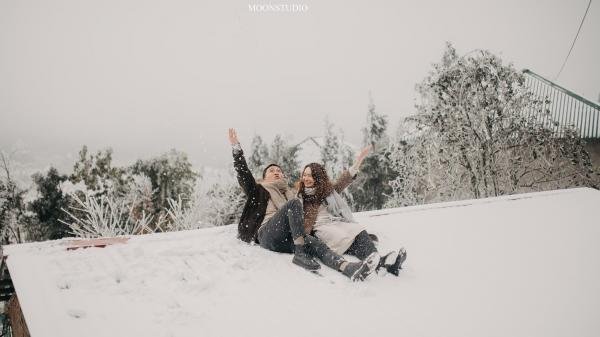 Trọn bộ ảnh cưới lung linh của cặp đôi Hà Nội  giữa băng tuyết kỳ ảo ở Y Tý khiến dân tình trầm trồ ngưỡng mộ