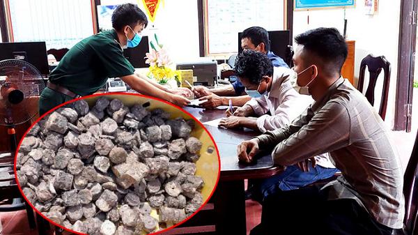 """Vụ """"kho báu"""" dưới đáy biển Quảng Bình: Số tiền bị chìm cách đây 200 năm"""