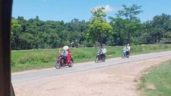 Màn rước dâu có '1-0-2' ở Nghệ An giữa mùa dịch: Chú rể chở cô dâu bằng xe máy, theo sau chỉ đúng 4 người
