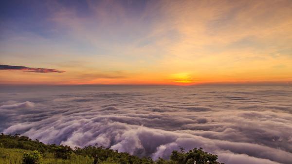 Săn mây, đón bình minh trên núi Bà Đen - Tây Ninh