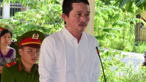 Tây Ninh: Hết tiền cờ bạc, vận chuyển thuê ma túy