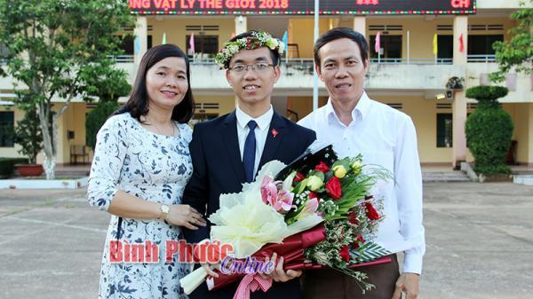 Hành trình đến giải vàng của học sinh Bình Phước