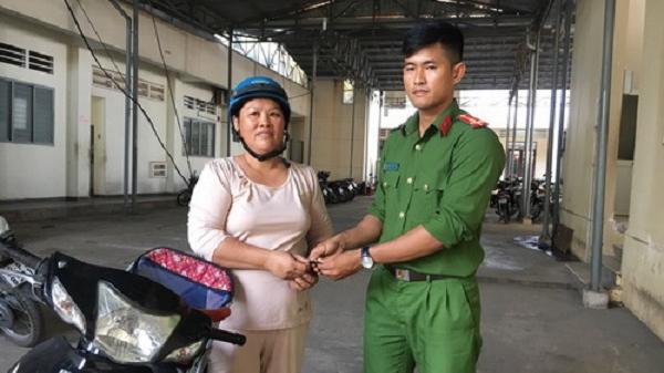 CA Hoà Thành: Trao trả xe bị mất trộm cho người dân