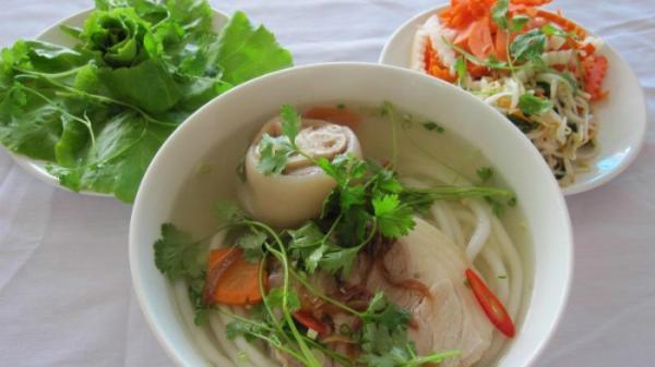 Bánh canh Trảng Bàng nức tiếng Tây Ninh