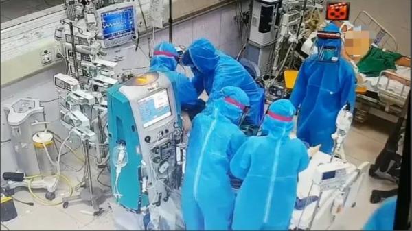 Bác sĩ Bệnh viện Bệnh Nhiệt đới Trung ương: Đợt dịch này quá khắc nghiệt!