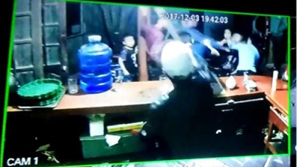 """Camera """"tố cáo"""" nghi phạm vụ thanh niên chết """"bí ẩn"""" dưới ao ở Thái Bình"""
