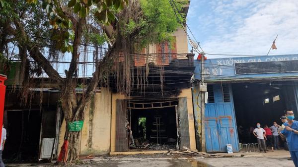 Cháy cửa hàng bán tạp hóa ở Hải Phòng làm hai vợ chồng tử vong