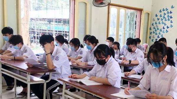 Khẩn: Nhiều học sinh dương tính với COVID-19, 4 tỉnh thành vừa hỏa tốc cho nghỉ học