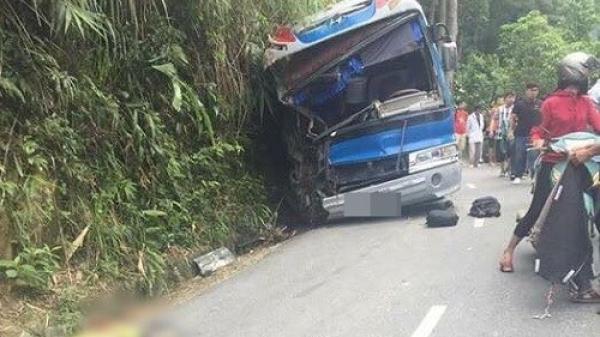 2 phụ huynh tử vong trong vụ xe chở học sinh đâm vào vách núi Tam Đảo