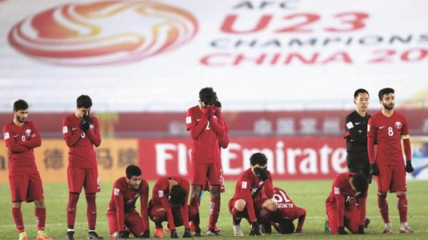 Cầu thủ Qatar bần thần nhận sai lầm, lý giải thua Việt Nam