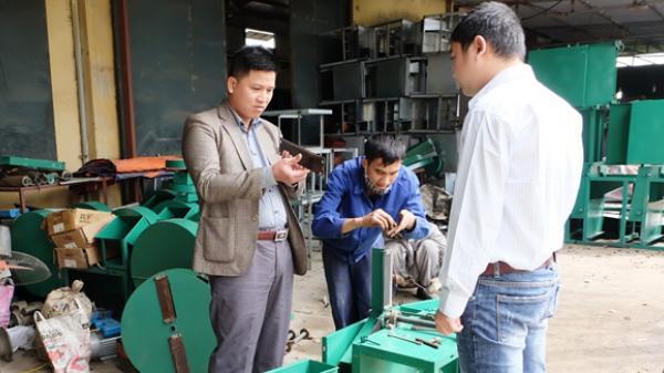 Máy thái chuối, cỏ đơn giản, rẻ, dễ sử dụng của lão nông Thái Bình