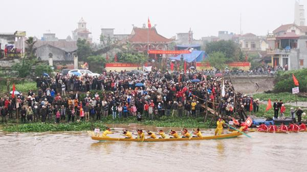 Thái Bình: Lễ hội bơi trải trên sông Diêm