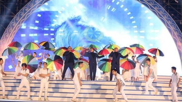 Ấn tượng với hơn 20 ngàn người dự Lễ hội du lịch biển Sầm Sơn 2018