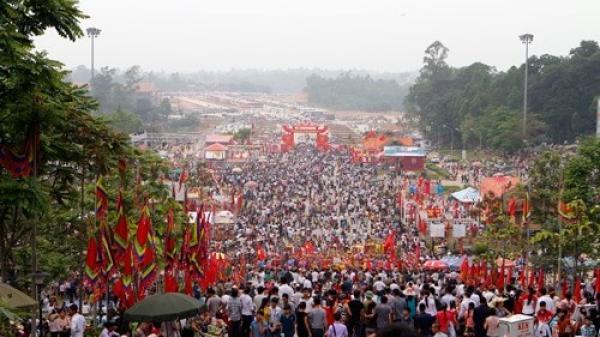 Giỗ Tổ Hùng Vương - Lễ Hội Đền Hùng 2018: Đón hơn 3 triệu lượt khách về tham quan