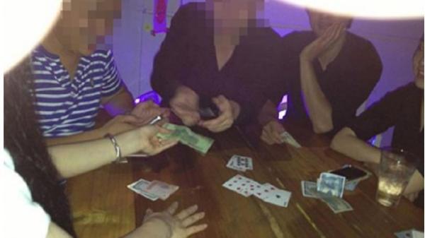 Vĩnh Phúc: Giả công an xông vào chiếu bạc cướp tiền