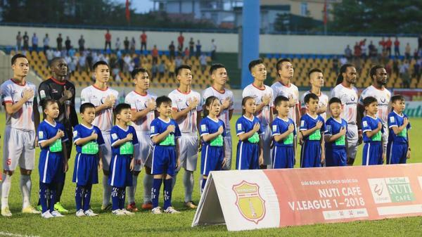 Chỉ dành được 1 điểm sau 6 vòng đấu và đang đứng chót bảng xếp hạng: Nam Định lo rồi đấy!