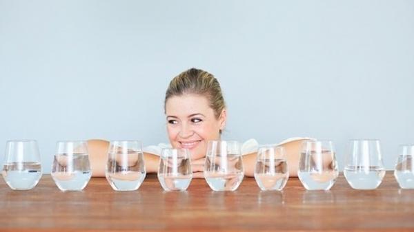 Nguy hiểm khôn lường, có thể dẫn đến tử vong khi uống quá nhiều nước mỗi ngày