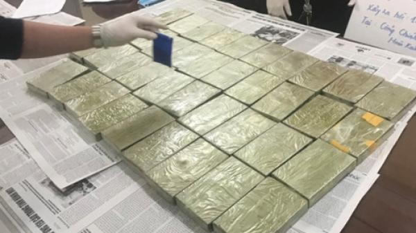 """Triệt phá đường dây vận chuyển ma tuý """"khủng"""" từ Sơn La về Hà Nội đi Cao Bằng tiêu thụ, thu giữ 39 bánh heroin"""