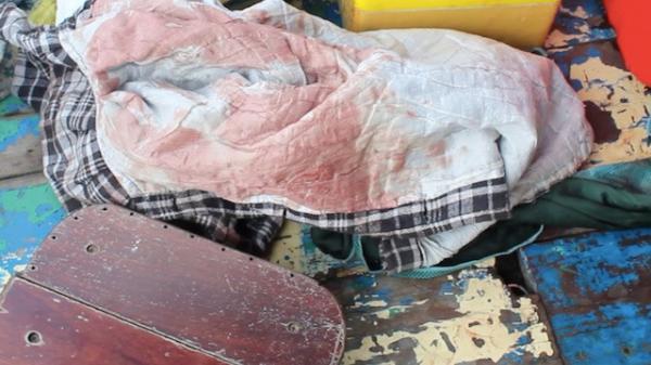 Nóng: Tìm thấy thi thể người phụ nữ lái đò nghi bị giết, cướp