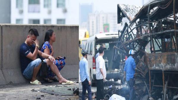 Nhói lòng tiếng khóc thất thanh của người nhà THAI PHỤ tháng thứ 6 ch.ết cháy sau tai nạn kinh hoàng