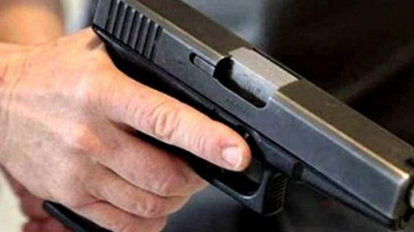Nghi án đại úy công an bị nhóm người có súng cướp ô tô