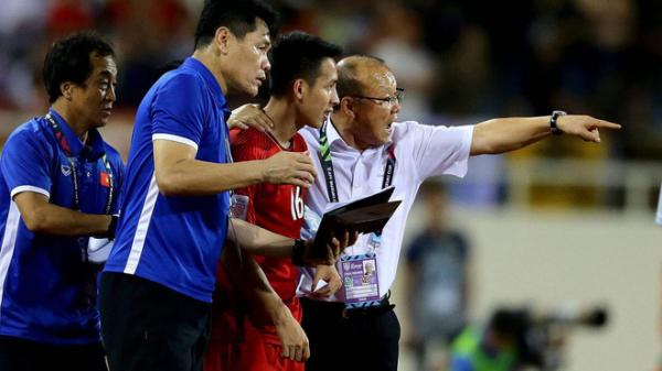 HLV Park Hang-seo lo lắng có thể mất 2 ngôi sao trước trận cầu quan trọng