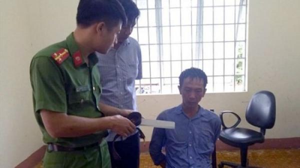 """Đắk Lắk: Tru y tố đối tượng """"ngá o đ á"""" bắt giữ con tin, ch ém th ương tích cán bộ công an"""
