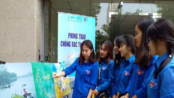 Vận động giáo viên, học sinh chống rác thải nhựa