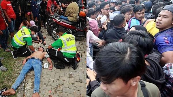 Kinh hoàng hơn ở Việt Nam, CĐV Malaysia ngất tại chỗ vì tranh cướp vé chung kết, thảm cảnh chưa từng có trên thế giới