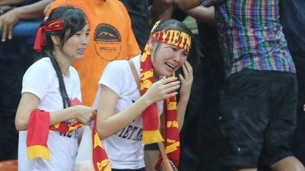 CĐV Việt Nam vẫn ám ảnh đau thương về sự cố ở Malaysia 2014