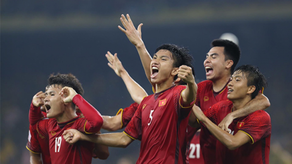 Thái Lan cùng CĐV Đông Nam Á đồng lòng ủng hộ Việt Nam vô địch vì chơi quá hay