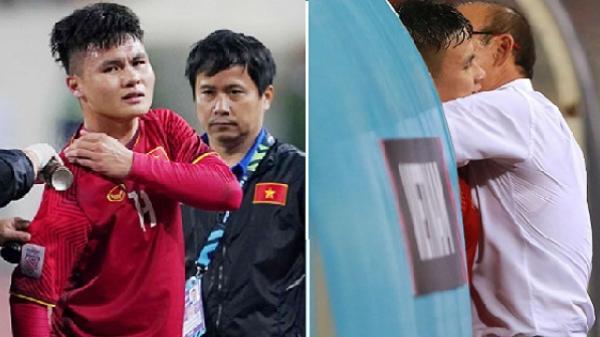 Thầy Park lo thắt ruột vì tưởng Quang Hải chấn thương nặng