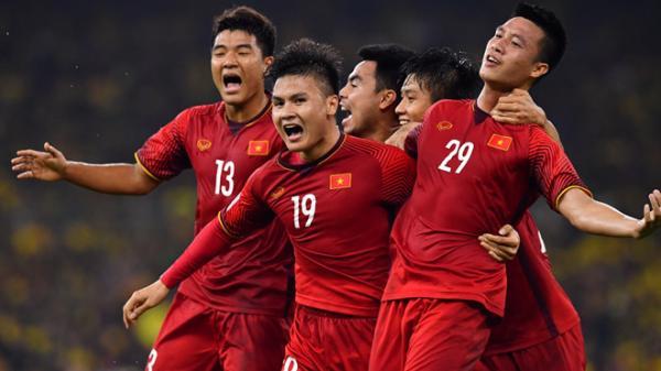 Văn Đức và Quang Hải tỏa sáng, ĐT Việt Nam khởi đầu như mơ trên hành trình chinh phục Asian Cup