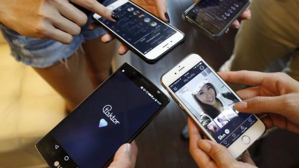 Việc nhẹ lương cao: Không dùng điện thoại suốt 1 năm nhận 2 tỷ