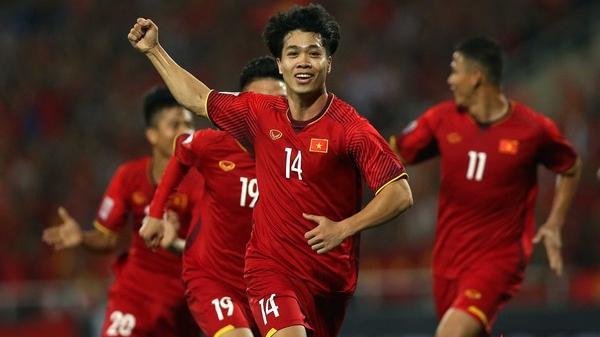 Triệu fan ngất ngây với những pha bóng ma thuật của Công Phượng ở trận đấu giữa Việt Nam và Iraq