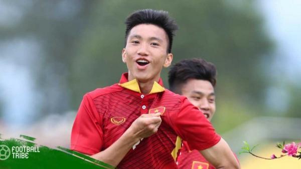 Báo châu Á bất ngờ khi HLV Park để Đoàn Văn Hậu quê Thái Bình đá dự bị